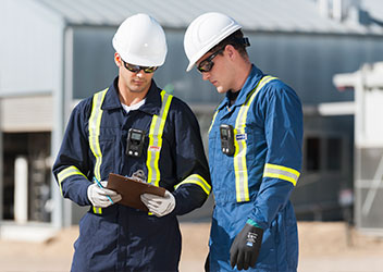 Detecting Gas in the Field: New Wearable Device is 'Always On'